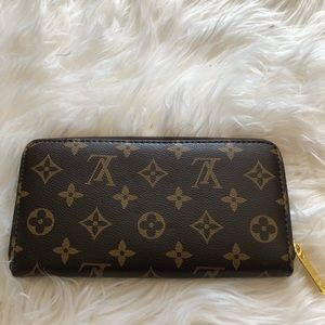 Louis Vuitton logo wallet